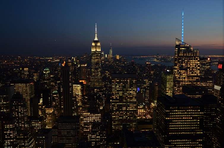 NEW YORK - L'Empire State Building vu depuis le Top of the Rock