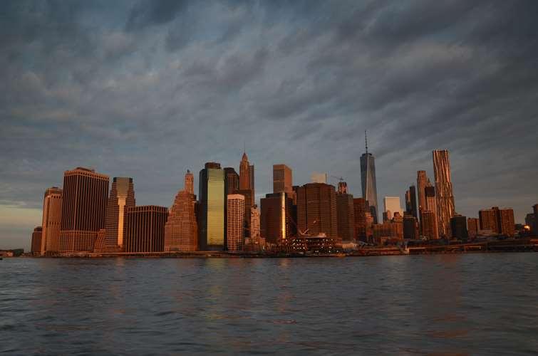 NEW YORK (28)