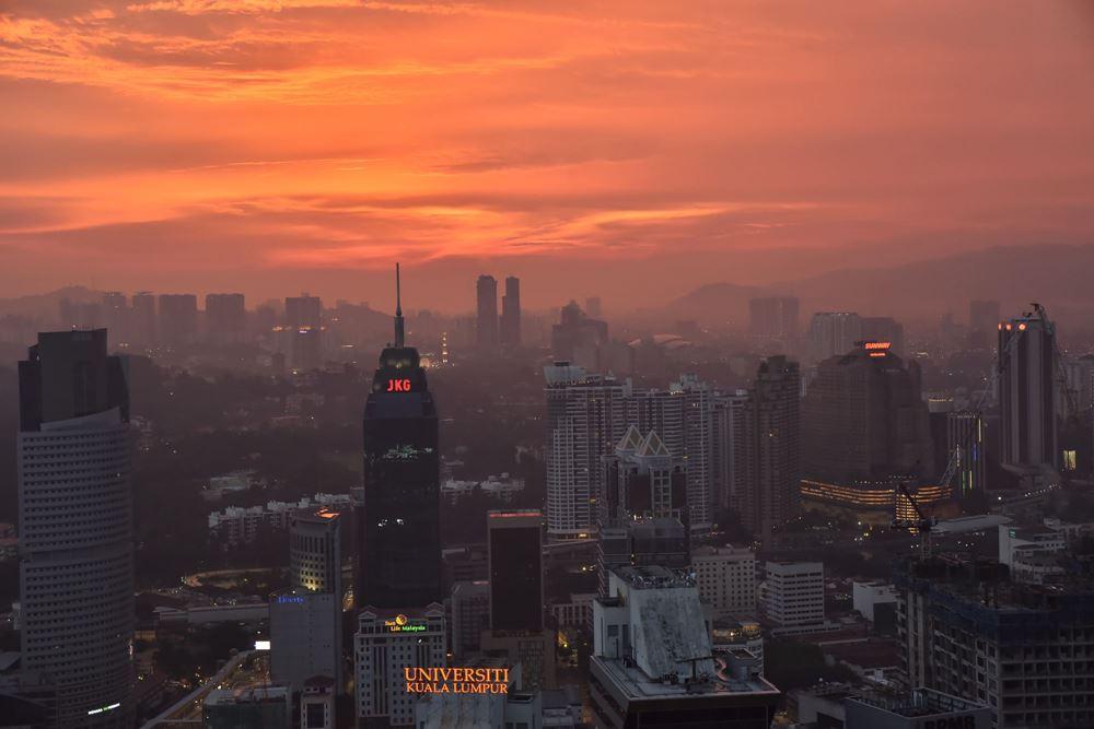 MALAISIE - Le soleil se couche sur Kuala Lumpur