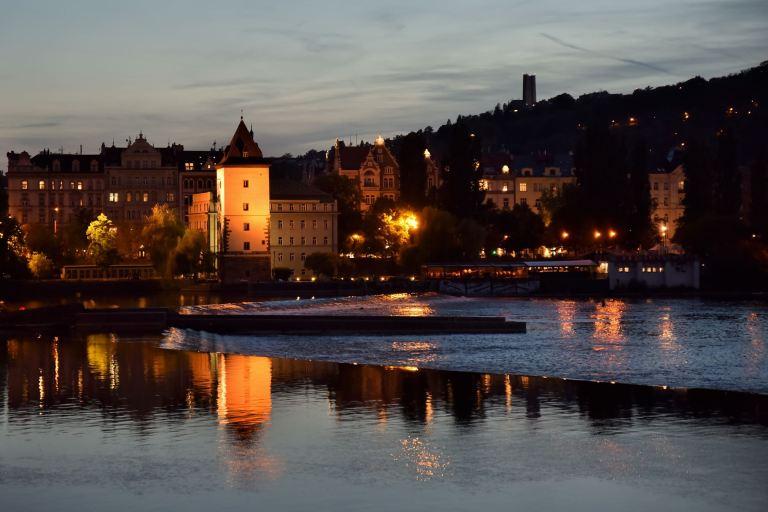 La Vltava (ou Moldau) coule au cœur de Prague